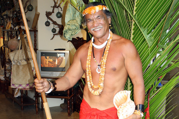 chamorro-village-man