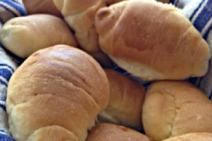new-fresh-bread-bakery-cream-cheese-rolls