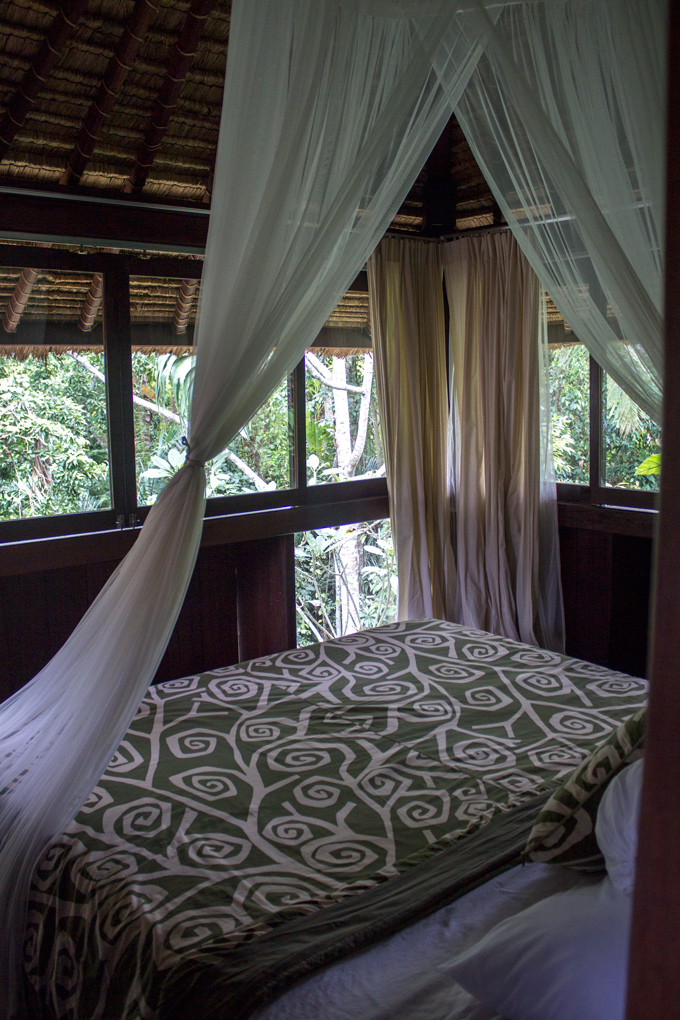 ubud-sari-bed-view-V