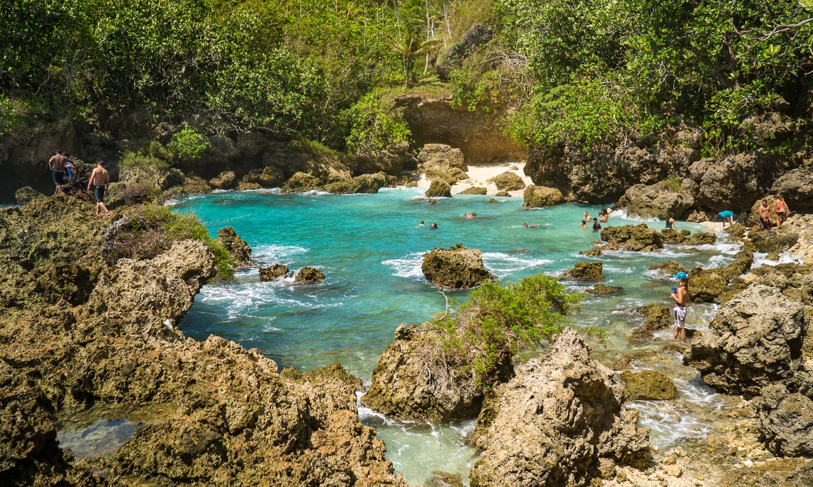 Ague Cove, Guam
