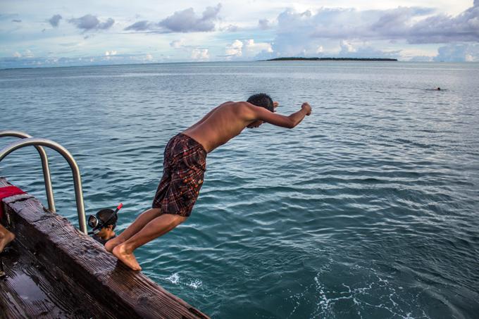 Diving Merizo Pier Guam